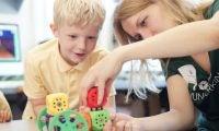Spielzeug für Nerds: 8 Gadgets, die das Nerd-Herz höher schlagen lassen