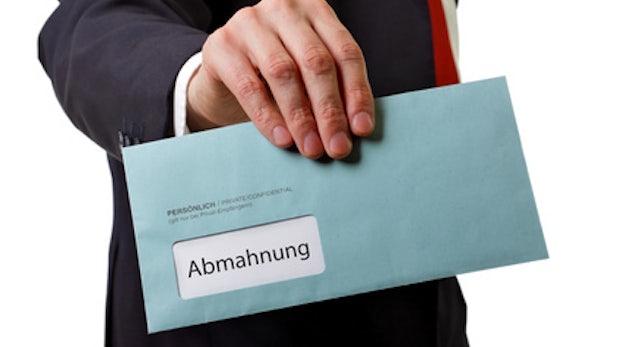 Abmahnung - Nerdcore.de-Blogger verliert seine Domain
