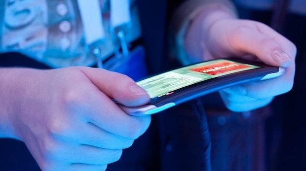Nokia Kinetic-Prototyp: Biegsame Smartphones bis 2014