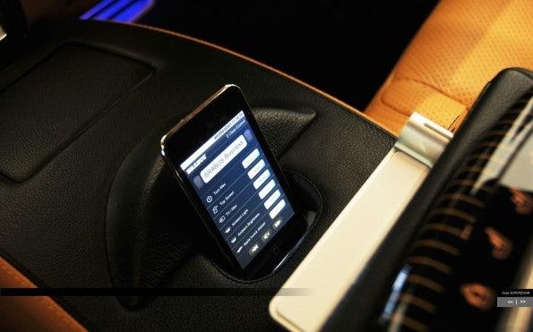http://t3n.de/news/wp-content/uploads/2012/01/AppleDesignstudien_Brabus_4-595x371.jpg