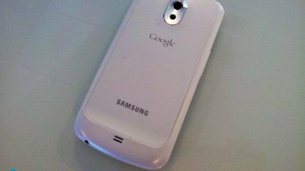 Samsung Galaxy Nexus in weiß aufgetaucht
