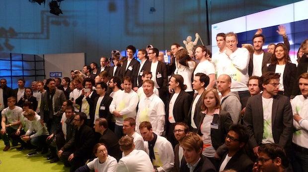 Die Teams der 10 Finalisten.