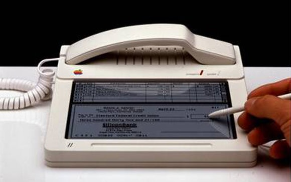 http://t3n.de/news/wp-content/uploads/2012/03/apple_device_1.jpg