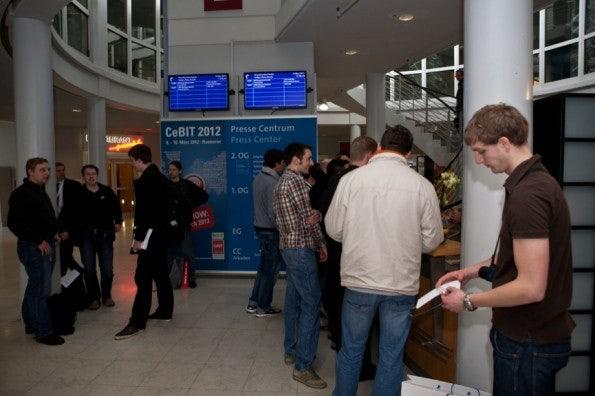 http://t3n.de/news/wp-content/uploads/2012/03/cebit2012_sbt-7383-595x396.jpg