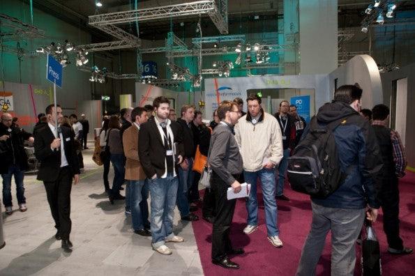 http://t3n.de/news/wp-content/uploads/2012/03/cebit2012_sbt-7386-595x396.jpg