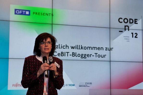 http://t3n.de/news/wp-content/uploads/2012/03/cebit2012_sbt-7397-595x396.jpg