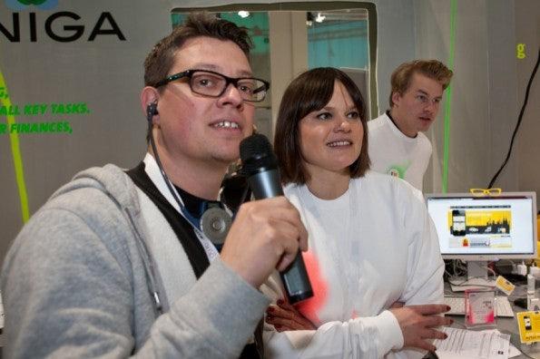 http://t3n.de/news/wp-content/uploads/2012/03/cebit2012_sbt-7399-595x396.jpg