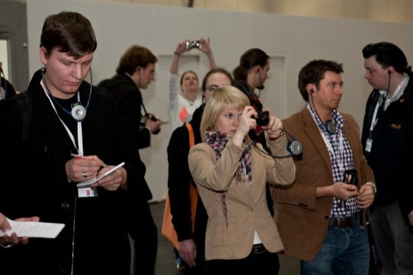 http://t3n.de/news/wp-content/uploads/2012/03/cebit2012_sbt-7421-595x396.jpg