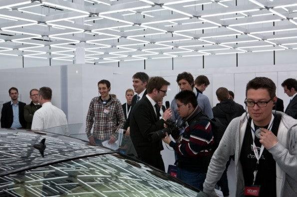 http://t3n.de/news/wp-content/uploads/2012/03/cebit2012_sbt-7430-595x396.jpg