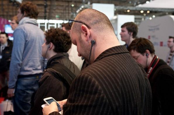 http://t3n.de/news/wp-content/uploads/2012/03/cebit2012_sbt-7480-595x396.jpg