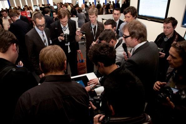 http://t3n.de/news/wp-content/uploads/2012/03/cebit2012_sbt-7510-595x396.jpg