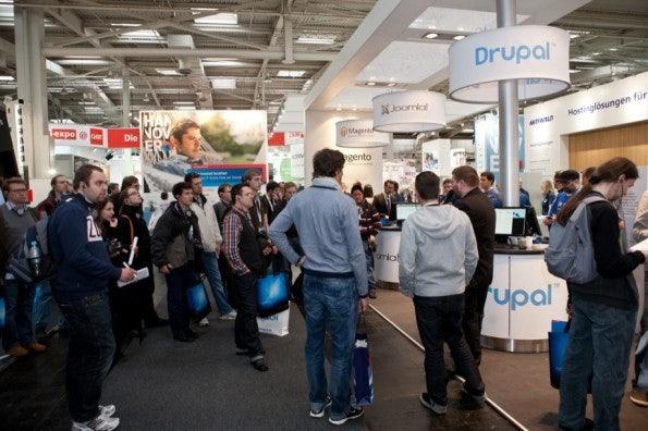http://t3n.de/news/wp-content/uploads/2012/03/cebit2012_sbt-7549-595x396.jpg