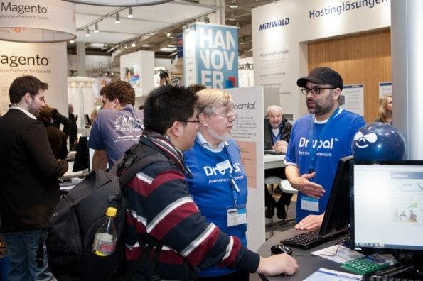 http://t3n.de/news/wp-content/uploads/2012/03/cebit2012_sbt-7550-595x396.jpg