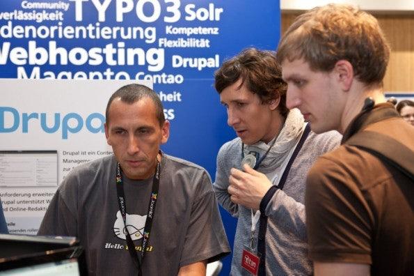 http://t3n.de/news/wp-content/uploads/2012/03/cebit2012_sbt-7551-595x396.jpg