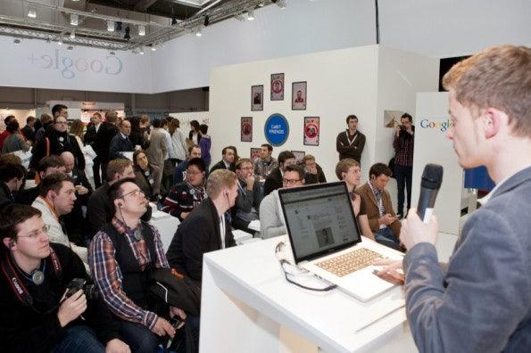 http://t3n.de/news/wp-content/uploads/2012/03/cebit2012_sbt-7572-595x396.jpg