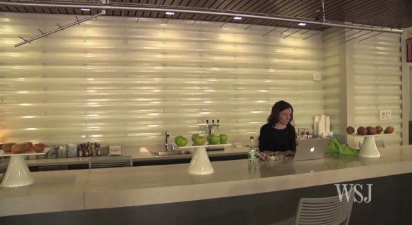http://t3n.de/news/wp-content/uploads/2012/03/google-new-york-office-10-595x325.jpg