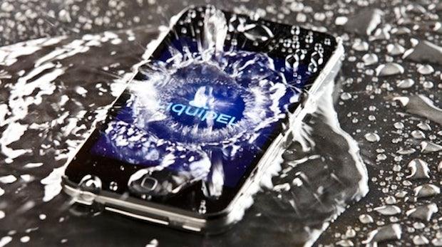 Liquipel macht dein Smartphone für 60 Dollar wasserdicht [Video]