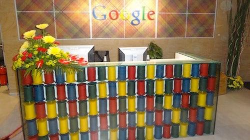 http://t3n.de/news/wp-content/uploads/2012/05/GoogleBuerosMumbai_1_500x281.jpg