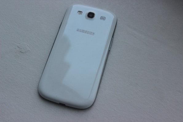 http://t3n.de/news/wp-content/uploads/2012/05/Samsung-Galaxy-S3-back-595x396.jpg