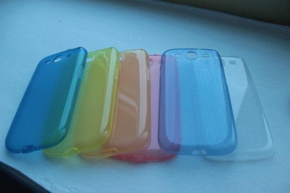 http://t3n.de/news/wp-content/uploads/2012/05/Samsung-Galaxy-S3-cases-595x396.jpg