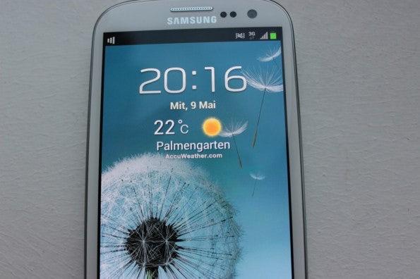 http://t3n.de/news/wp-content/uploads/2012/05/Samsung-Galaxy-S3-screen-595x396.jpg