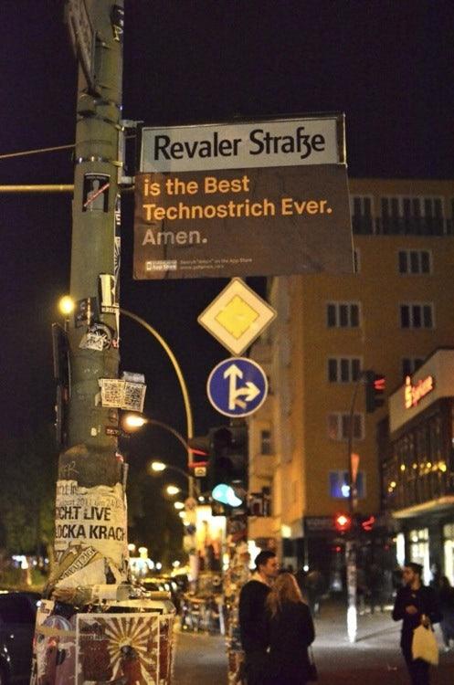 http://t3n.de/news/wp-content/uploads/2012/05/amen-guerilla-marketing-7.jpg