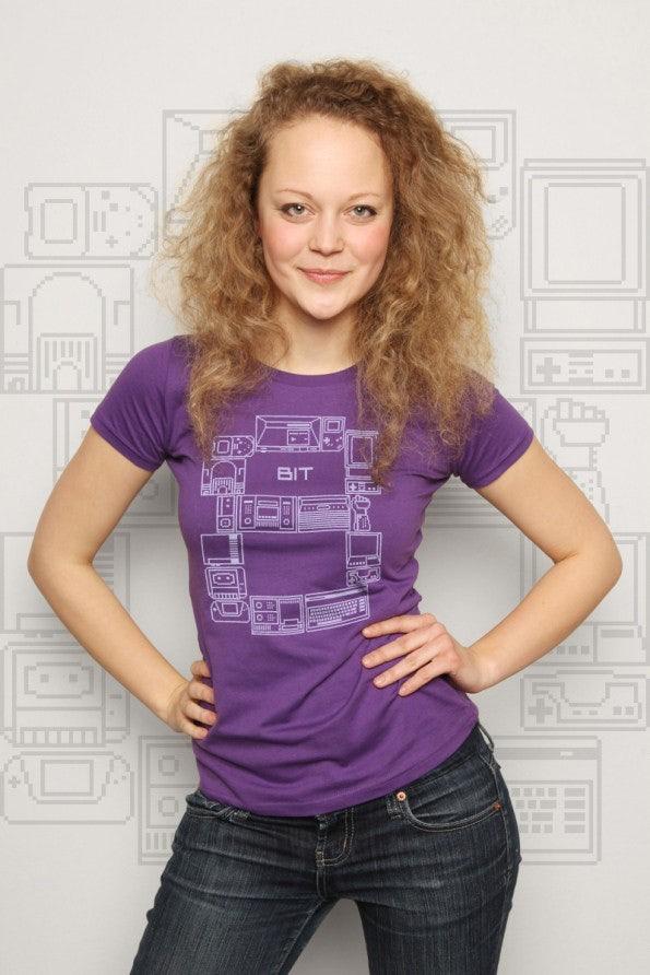 http://t3n.de/news/wp-content/uploads/2012/05/geek-shirts-lowrez-8_bit_consoles-595x892.jpg