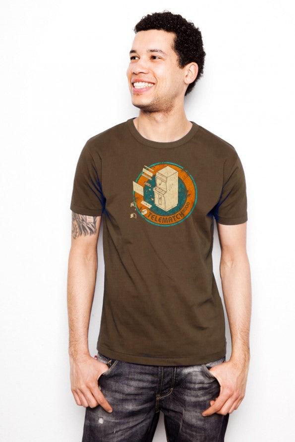 http://t3n.de/news/wp-content/uploads/2012/05/geek-shirts-lowrez-telmatch2000_model_brownshirt-595x892.jpg