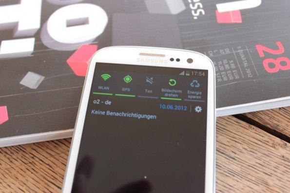 http://t3n.de/news/wp-content/uploads/2012/06/Samsung-Galaxy-S3_1359-595x396.jpg