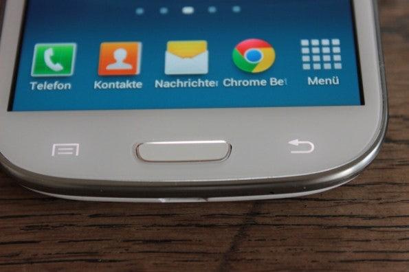 http://t3n.de/news/wp-content/uploads/2012/06/Samsung-Galaxy-S3_1423-595x396.jpg