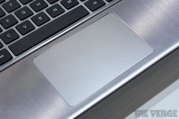 http://t3n.de/news/wp-content/uploads/2012/06/Samsung-Series-5-Ultra-Convertible-_8529-595x397.jpeg