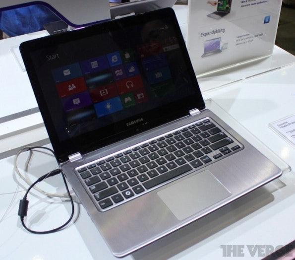 http://t3n.de/news/wp-content/uploads/2012/06/Samsung-Series-5-Ultra-Convertible-_8531-595x524.jpeg