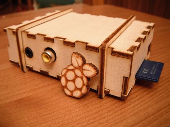 http://t3n.de/news/wp-content/uploads/2012/07/BRAMBLE-Pi-Raspberry-Pi-1.jpeg
