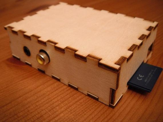 http://t3n.de/news/wp-content/uploads/2012/07/BRAMBLE-Pi-Raspberry-Pi-2.jpeg