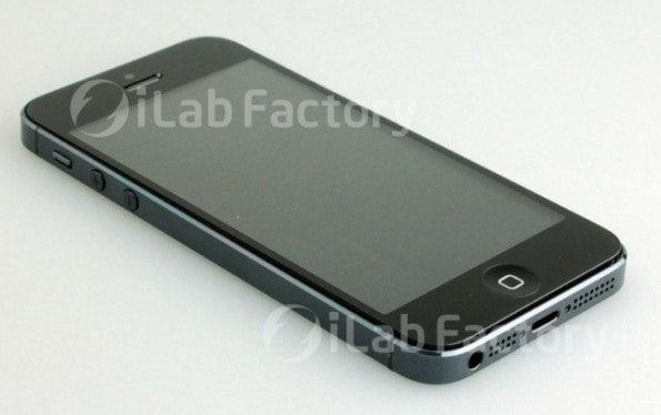 http://t3n.de/news/wp-content/uploads/2012/07/iphone-5-photos-parts-release-fall-595x374.jpeg