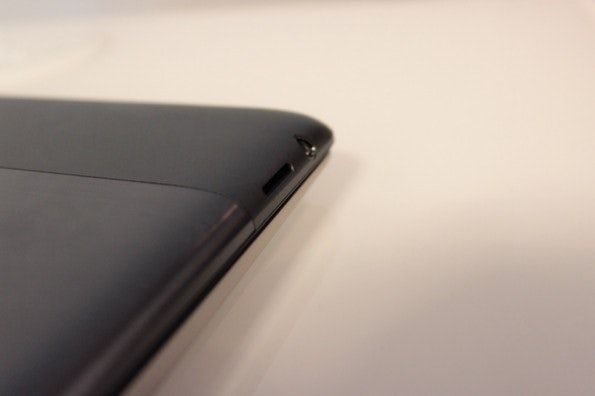 http://t3n.de/news/wp-content/uploads/2012/08/Asus-Vivo-Tab-rt-hands-on-detail-4-595x396.jpg