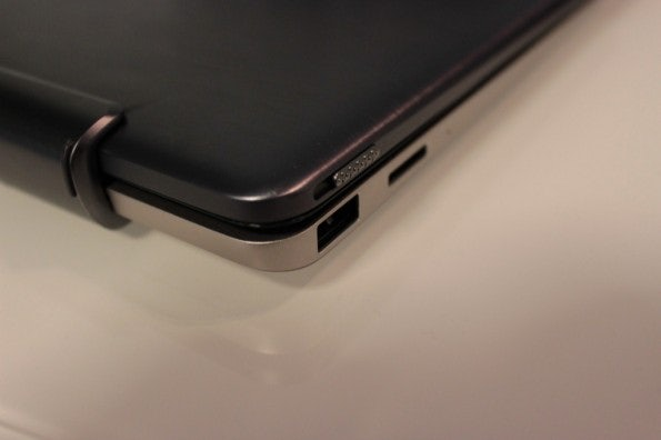 http://t3n.de/news/wp-content/uploads/2012/08/Asus-Vivo-Tab-rt-hands-on-detail-6-595x396.jpg