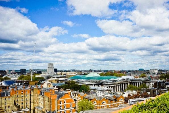http://t3n.de/news/wp-content/uploads/2012/08/Google_London_18-595x396.jpg