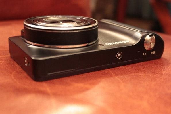 http://t3n.de/news/wp-content/uploads/2012/08/Samsung-Galaxy-Camera_3281-595x396.jpg