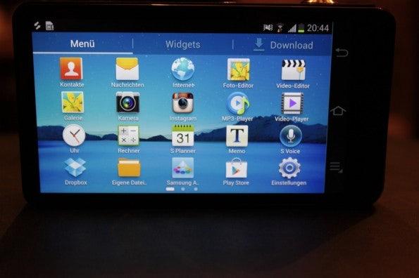 http://t3n.de/news/wp-content/uploads/2012/08/Samsung-Galaxy-Camera_3303-595x396.jpg