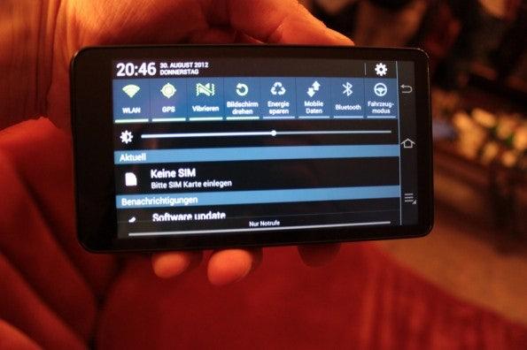 http://t3n.de/news/wp-content/uploads/2012/08/Samsung-Galaxy-Camera_3309-595x396.jpg