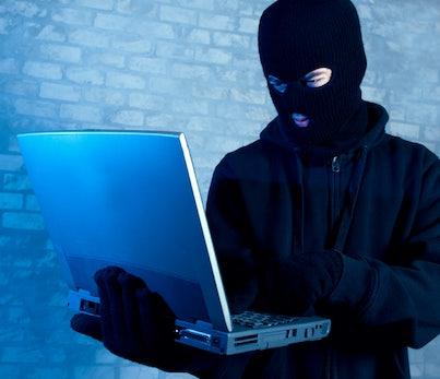 Größter Cyber-Angriff in China, USB-Stick für Smartphones und WhatsApp beliebteste App