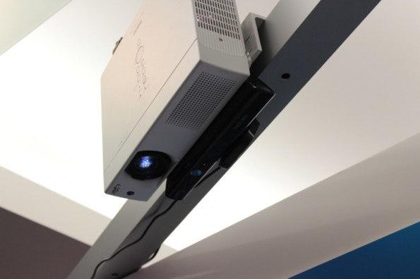 http://t3n.de/news/wp-content/uploads/2012/09/Intel-idf-2012-day-0_3855-595x396.jpg