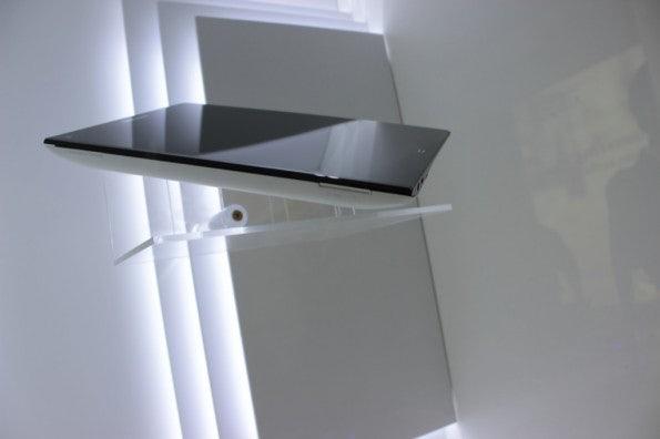 http://t3n.de/news/wp-content/uploads/2012/09/Samsung-memo-Prototyp_3493-595x396.jpg