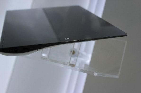 http://t3n.de/news/wp-content/uploads/2012/09/Samsung-memo-Prototyp_3498-595x396.jpg