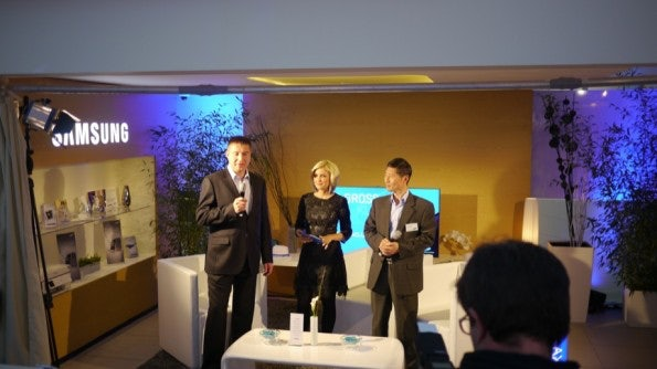 http://t3n.de/news/wp-content/uploads/2012/10/P1010446-595x334.jpg