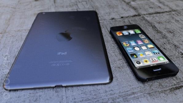 http://t3n.de/news/wp-content/uploads/2012/10/iPad-Mini-xlarge-595x334.jpg