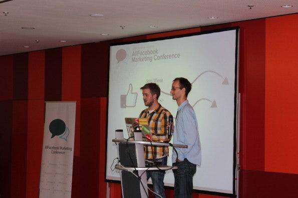Philipp Roth und Jens Wiese bei der Eröffnung der Allfacebook Marketing Conference.