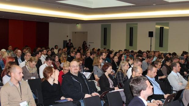 Auch beim Schlussvortrag waren nur wenige Plätze frei...
