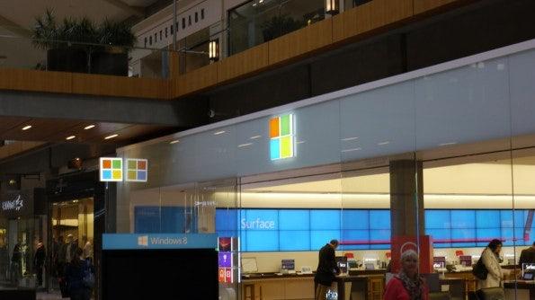 Der Eingang zum Microsoft Store in Bellevue, Washington.